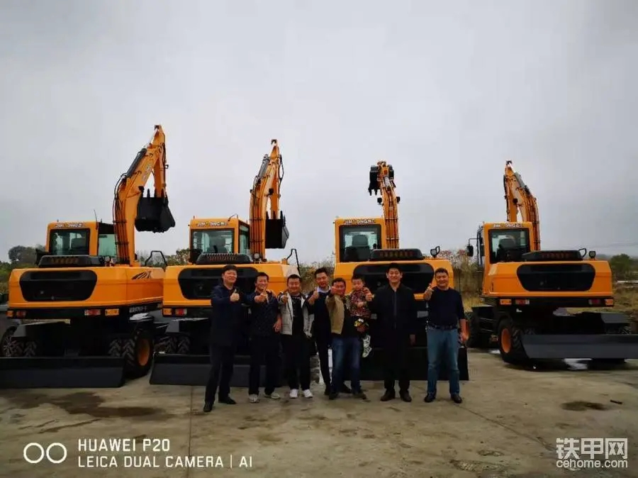【晋击者·用户说】四年买8台晋工轮挖,培养了20多个老板,跟老郭开挖机的人都发了